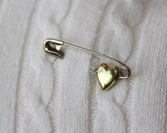 Safety Pins, My Heart Safety Pin, safety pins in solidarity, powerful symbol, resistance