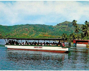 Vintage Hawaii Postcard - Sightseeing Boat on the Wailua River, Kauai (Unused)