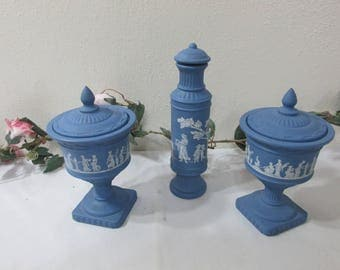 Avon Wedgwood Look Blue and White Set of 3 Containers