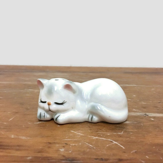 Vintage Cat Salt Shaker - Ceramic - Orphan Kitty