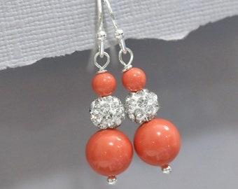 Coral Pearl Bridesmaid Earrings, Swarovski Coral Pearl Earrings, Bridesmaid Jewelry, Bridesmaid Gift, Coral Pearl Earrings Wedding Earrings