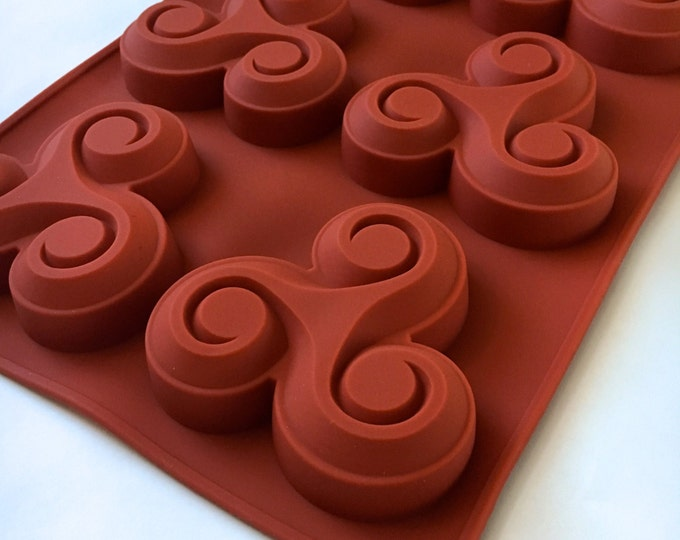 SWIRLING EDDY Soap Mold, Silicone, 6-3 oz Cavities