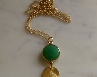 Green Onyx and Brushed Gold Disk Pendent