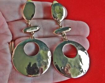 "Vintage 2.5"" gold tone clip dangle earrings in great condition appears unworn"