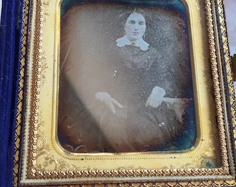 19th century daguerreotype cased photo lady