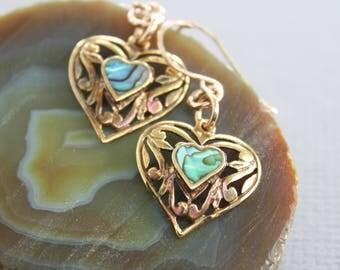 Vintage filigree NU gold brass earrings with abalone shells - NU gold earrings - Vintage earrings - Heart earrings - Dangle earrings