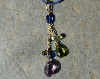 18 kt gold pendant with prescious stones, cyanite,peridot,amethyste:IMPORTANT, French vat is included,off 20% for US and canadian buyers