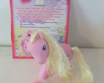 My Little Pony Cupcake with Brush & Backcard NM Near Mint Rare HTF