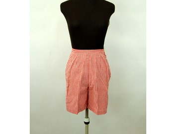 1960s shorts red white gingham Bermuda shorts slim fit high waist Donnkenny Size XS