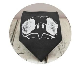 Bird Skull Tie, Men's Necktie, Hawk Skull, Gifts for Men, Fathers Day Gift, Goth Wedding, Wedding Party, Tie for Groom, Groomsmen Ties