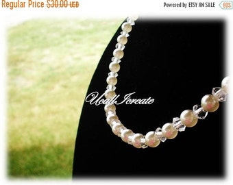 35% Off Sale Belle  /Handmade by Me/Gifts for Her/Vintage Remake/Vintage Glass Pearl Necklace