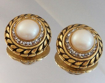 ON SALE Vintage Pearl and Rhinestone Earrings. Bold Gold. Mabe Pearl. Clear Channel Set Rhinestones.
