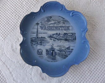 Vintage Washington Souvenir State Plate Blue Decorative Collector Retro Wall Decor Travel Vacation Retro 1950s