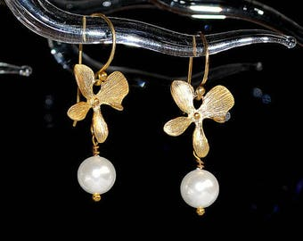 Orchid pearl drop earrings,  gold plated drop earrings,  gold pearl drop earrings, under 20 USD pearl earrings