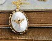 vintage military wing locket, AVIATOR, WW2 12k gold filled sweetheart locket necklace