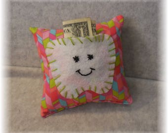Tooth Fairy Pillow Handmade Tooth Pillow Tooth Holder Tooth Fairy Pillows Handmade Cotton Tooth Fairy Pillow with Felt Tooth Pocket