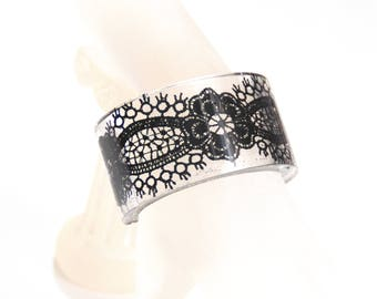 Resin Cuff Bracelet With Black Lace -Resin Bracelet-Resin Jewelry- Resin black Bracelet-For Her-Mother's Day Gift -Resin  Bangle Bracelet-