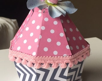 Cupcake party favor boxes-set of 6 navy and pink