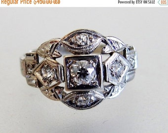 ON SALE Beautiful Vintage 14K White Gold & Diamond Wedding Band Ring