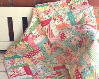Sweet Patchwork Baby Quilt ~ Free US Shipping
