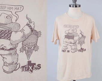 Vintage 70s Texas ARMADILLO t shirt / Vintage Texas tee / Can I Keep Him Ma / Hanes label large