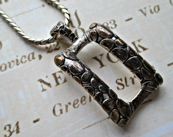 FaBuLouS ViNTaGe RePTiLe LooK NeCKLaCe!