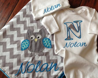 Personalized Baby Set- Owl Blanket Set- Minky Baby Blanket- Chevron Blanket- Gown and Hat Set