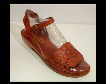 1970s braided toffee brown leather sandals shoes ~ 8 B ~ Ipanema made in Brazil ~ wood heels ~ ankle strap platform pumps ~ also 7.5 7 1/2