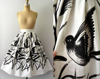 1950s Vintage Skirt - 50s Black and White Bird Print Cotton Full Skirt
