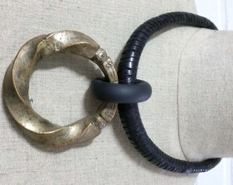 ON HOLD!   Vintage bronze West - African Fulani manila / pendant necklace from Niger.