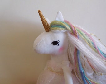Mini rainbow unicorn no.2