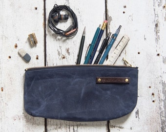Medium Waxed Canvas Pouch in Rook, Indigo Pencil Case, Cosmetic Case, Makeup Bag, Zipper Pouch, Canvas Pouch, Bags and Purses, Gadget Bag