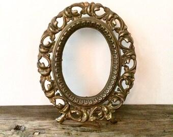 Ornate Brass Filigree Picture Frame / Hollywood Regency Wall Decor