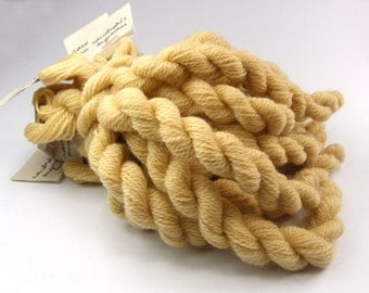 Hand embroidery yarn, hand-dyed with natural dyes, cobweb weight, merino yarn, 20m, FILIPENDULA and YARROW, pale yellowish beige color, 200