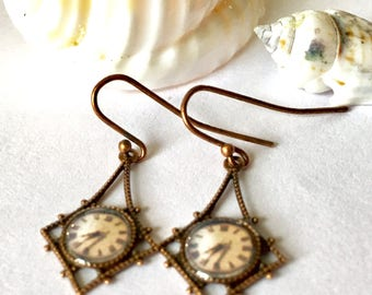 Paw Paw Clock - Vintage Photograph Earrings