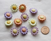 12 Flower Buttons Pastel Whimsical Daisy, Shank back, Craft, Sewing buttons (AN 23)