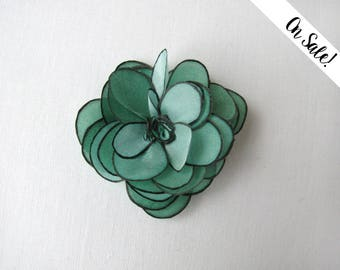 Sea green silk rose hair snap pin - hand painted silk rose snap clip - bridal hair pin - ***Item on sale*** Previous price : 13 EUR