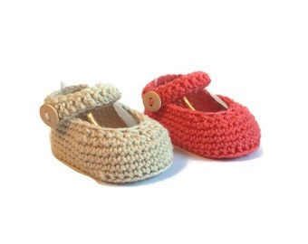 Mary Jane Baby Shoes Crochet in Beige Merino Wool