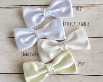 Light Ivory Bow Tie, White Bowtie, Solid Satin Bow Tie, Mens Bow Tie, Bow Tie for Wedding, Plain Bowtie, Baby Boy Bow Tie