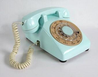 Working MId Century Rotary Dial Telephone - Retro Turquoise