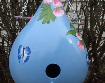 Heavenly Blue Birdhouse Gourd With Tropical Bright Pink Flowers