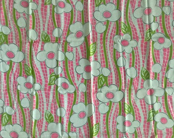 Vintage 60s 70s Pink Green Flower Power Synthetic Fabric Retro Modern Polyester Sixties Seventies