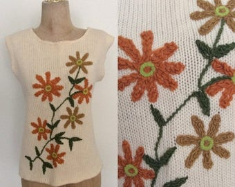 30% OFF 1970's Wool Knit Floral Embroidered Sweater Top Size Medium Large by Maeberry Vintage