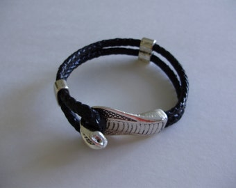 Black Cobra Snake Reptile Hook Slide Clasp Leather Bracelet