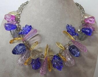Super Chunky Lucite Plastic Flower Necklace in Pink & Lavender    OAK23