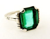 Fabulous French art deco faux emerald silver ring