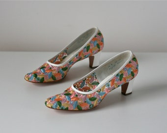 60s shoes / Flower Girl / vintage 1960s heels