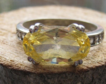 Vintage Sterling Silver Women's Ring Ladies Size 8 with Citrine and Cubic Zirconia Gemstones