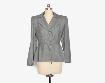 Vintage 40s Tailored BLAZER / 1940s Strong Shoulder Static Gray Stripe Jacket XS