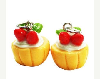 Miniature Strawberry Cupcake Polymer Clay Foods Supplies for Beaded Jewelry Charm, 2 pcs